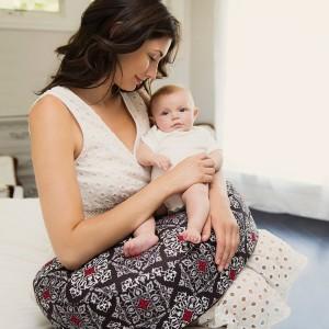 top-6-bebe-au-lait-nursing-pillow